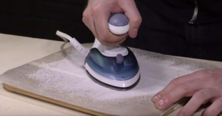 kako očistiti peglu
