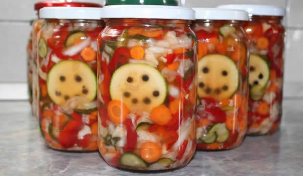 Recept za šarenu salatu