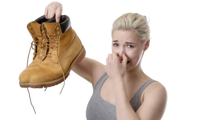 Smrdljive cipele - smrad nogu