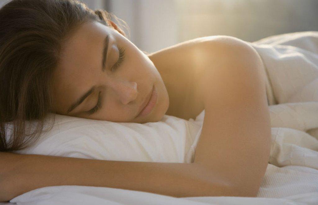 spavanje-san-zena-zena-spava